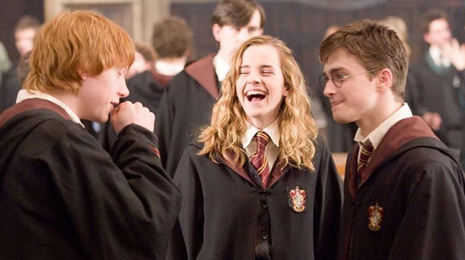 《哈利波特》電影中,最讓粉絲「大快人心」的 5 個場面! – 我們用電影寫日記