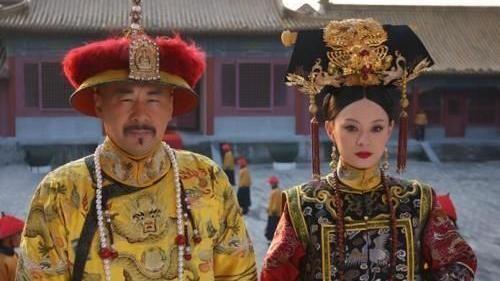 甄嬛回宮後第 2 次小產,皇上為何要是叫她熹貴妃,而不是嬛嬛?—《甄嬛傳》—我們用電影寫日記
